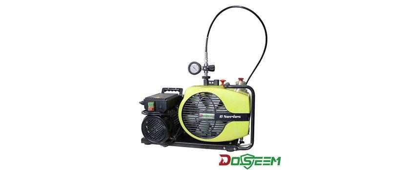 开头写了关于消防的话题,接着引出了便捷式空气压缩机的话题,介绍了便捷式空气压缩机的使用功能以及消防员组成,接下来介绍了道雄安防科技(上海)有限公司,由道雄引出了便携式空气压缩机 DS100-E,介绍了便携式空气压缩机 DS100-E的基本信息。